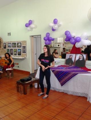 Nanda Soares, Comunicadora e Articuladora Social (Conectidea) apresenta o conceito da campanha e materiais produzidos